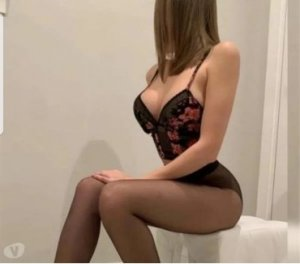 Naja backstage escorts services in South Lake Tahoe, CA